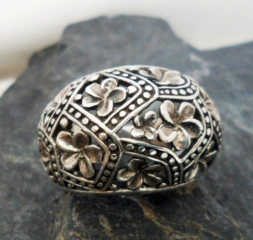 Sterling Silver Ring with Raised Flowers
