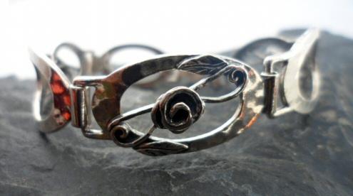 Sterling Silver Large Oval Link Bracelet with Raised Flower Design