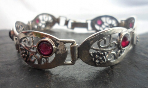 Sterling Silver Garnets with Flowers Link Bracelet ~Designed and Made in Israel