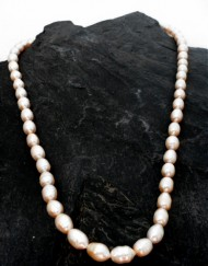 Soft Peachy / Pink Freshwater Pearl Necklace