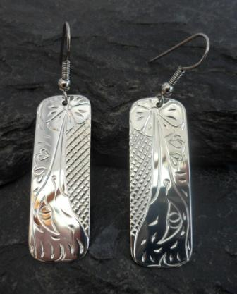 Vincent Henson Sterling Silver Engraved Hummingbird Earrings